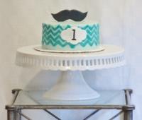 Mustache Cake (995x1280)