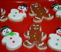 Gingerbread Men and Snow Men Cookies (1280x851)